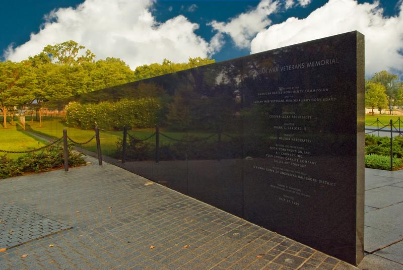 KOREAN WAR MEMORIAL GRANITE WALL