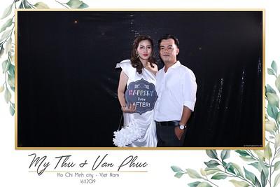 Thu-Hien-Van-Phuc-wedding-instant-print-photobooth-Thao-Dien-Village-WefieBox-Photobooth-Vietnam-69