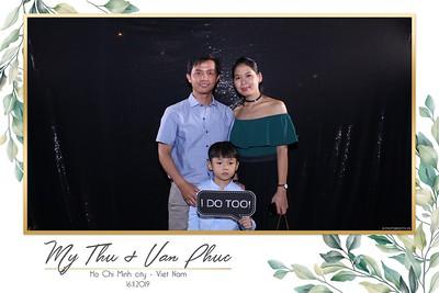 Thu-Hien-Van-Phuc-wedding-instant-print-photobooth-Thao-Dien-Village-WefieBox-Photobooth-Vietnam-86