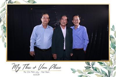 Thu-Hien-Van-Phuc-wedding-instant-print-photobooth-Thao-Dien-Village-WefieBox-Photobooth-Vietnam-64