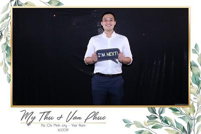 Thu-Hien-Van-Phuc-wedding-instant-print-photobooth-Thao-Dien-Village-WefieBox-Photobooth-Vietnam-50