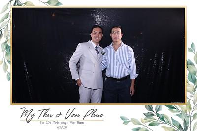 Thu-Hien-Van-Phuc-wedding-instant-print-photobooth-Thao-Dien-Village-WefieBox-Photobooth-Vietnam-88
