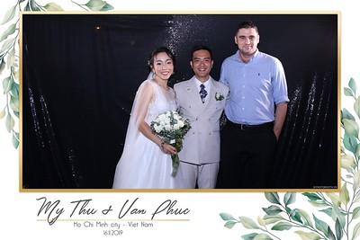 Thu-Hien-Van-Phuc-wedding-instant-print-photobooth-Thao-Dien-Village-WefieBox-Photobooth-Vietnam-93