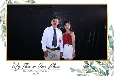 Thu-Hien-Van-Phuc-wedding-instant-print-photobooth-Thao-Dien-Village-WefieBox-Photobooth-Vietnam-57