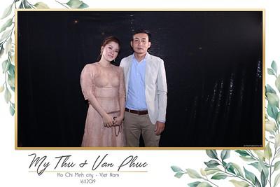 Thu-Hien-Van-Phuc-wedding-instant-print-photobooth-Thao-Dien-Village-WefieBox-Photobooth-Vietnam-62