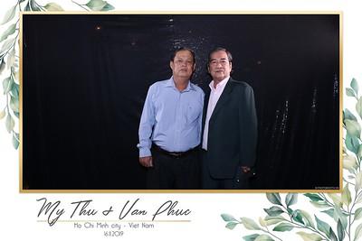 Thu-Hien-Van-Phuc-wedding-instant-print-photobooth-Thao-Dien-Village-WefieBox-Photobooth-Vietnam-70