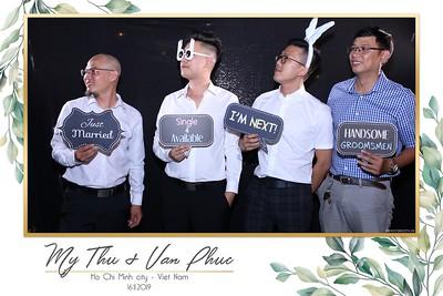 Thu-Hien-Van-Phuc-wedding-instant-print-photobooth-Thao-Dien-Village-WefieBox-Photobooth-Vietnam-79