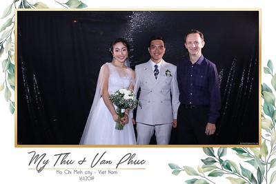 Thu-Hien-Van-Phuc-wedding-instant-print-photobooth-Thao-Dien-Village-WefieBox-Photobooth-Vietnam-97