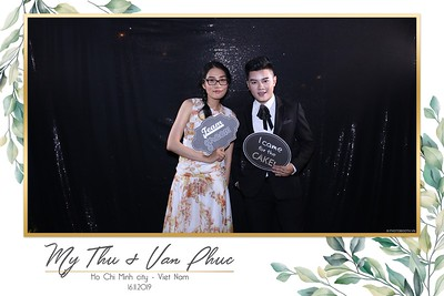 Thu-Hien-Van-Phuc-wedding-instant-print-photobooth-Thao-Dien-Village-WefieBox-Photobooth-Vietnam-84
