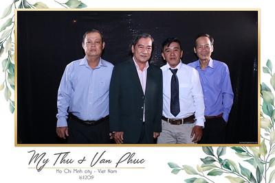 Thu-Hien-Van-Phuc-wedding-instant-print-photobooth-Thao-Dien-Village-WefieBox-Photobooth-Vietnam-66