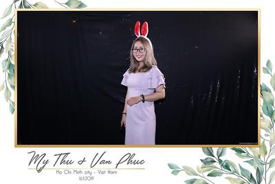 Thu-Hien-Van-Phuc-wedding-instant-print-photobooth-Thao-Dien-Village-WefieBox-Photobooth-Vietnam-72