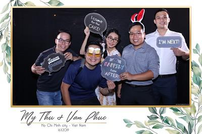 Thu-Hien-Van-Phuc-wedding-instant-print-photobooth-Thao-Dien-Village-WefieBox-Photobooth-Vietnam-52