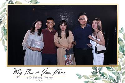 Thu-Hien-Van-Phuc-wedding-instant-print-photobooth-Thao-Dien-Village-WefieBox-Photobooth-Vietnam-58