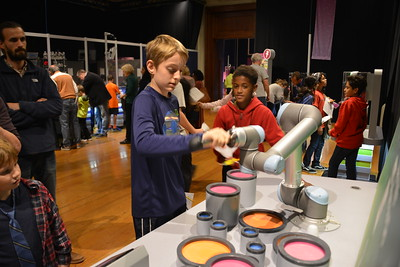 7th Grade Franklin Institute (Bastian Photo)