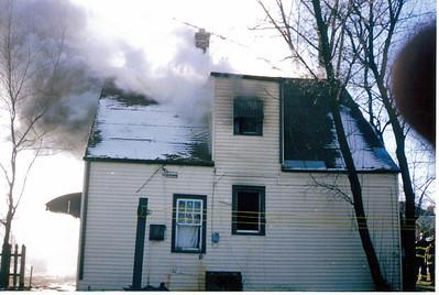 CRESTWOOD HOUSE BURN 12/29/2001