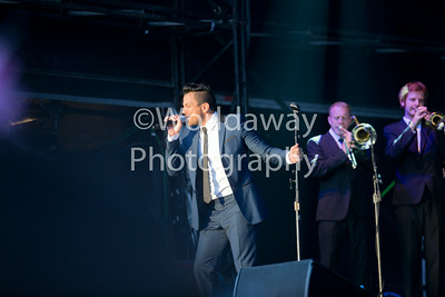 Peter Andre. Epsom Downs Racecourse. 10th July 2014.