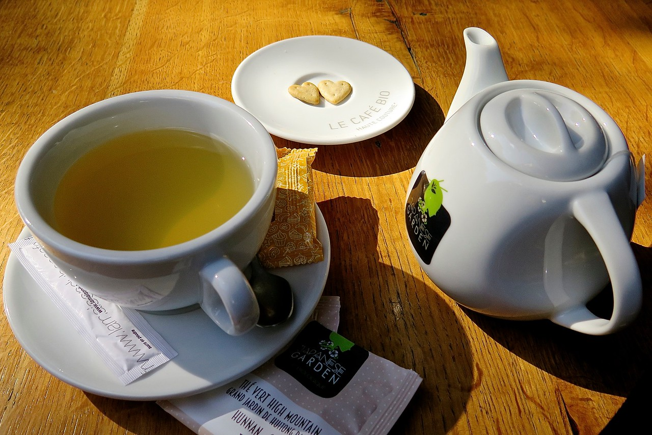 Tea, and Hearts. Arles, France.