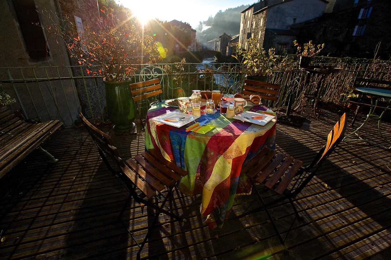 Breakfast Dawn. Saint Andre de Valborgne