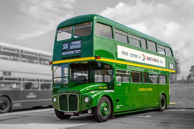 JJD412D London Country RML2412