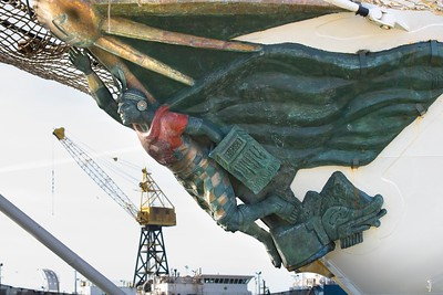 TALL SHIP FIGUREHEAD