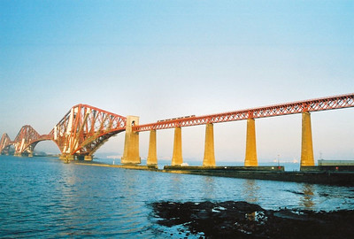 FORTH RAIL BRIDGE BUILT IN 1890 Spanning the River Forth carrying trains across The Firth north from Queensferry.
