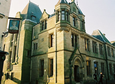 CARNEGIE LIBRARY The first library in Dunfermline funded by Andrew Carnegie. Dunfermline, Scotland