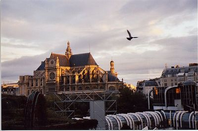 PARIS - October 2003