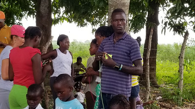 2019_SELECT-PHONE_Batey28-Day1-008