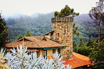 2009_Monserrate-Select09SCREEN-WM