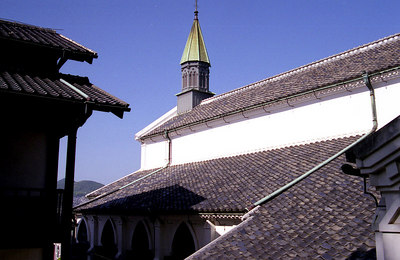 More pleasing roof lines.