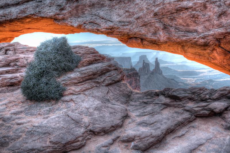 Mesa  Arch at Sunrise  - Canyonlands National Park - Utah