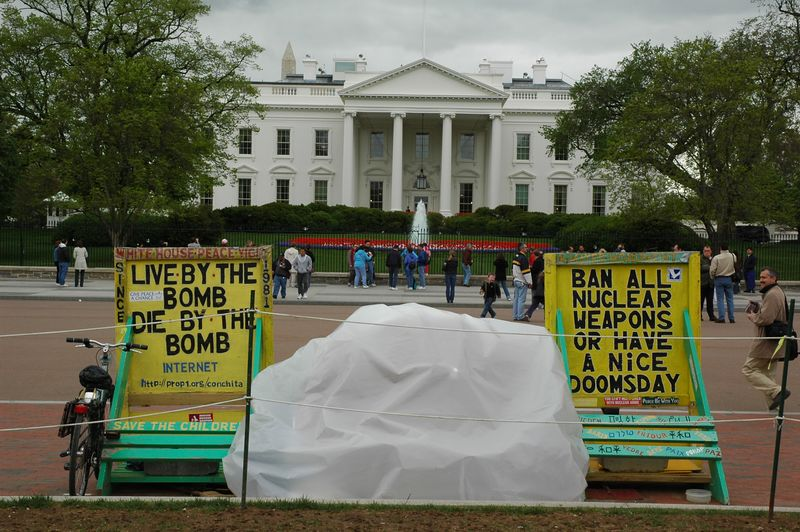 White House and the protestors...