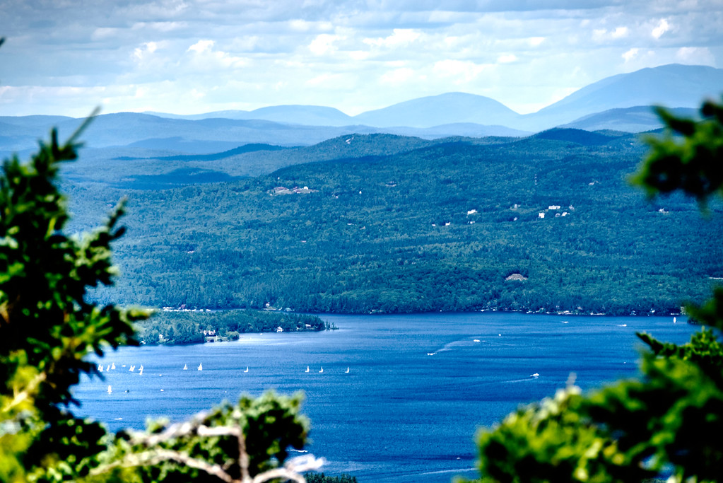 Lake Sunapee from the chairlift (and a 250 zoom :-))