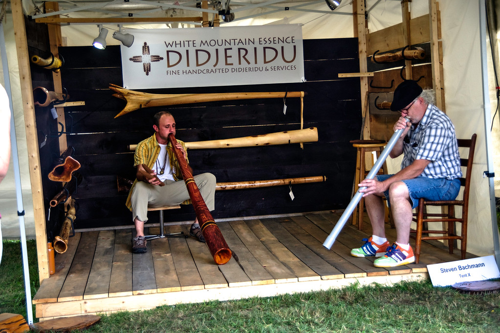 Didjeridu playing exhibition