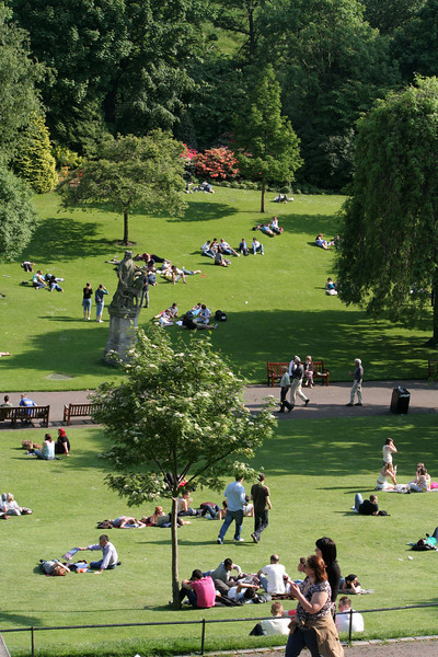 Sunny day at princes street park in Edinburgh