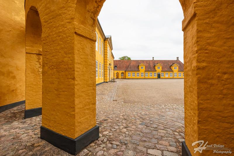 _HV86332-Edit_Roskilde Cathedral, Denmark_190607_