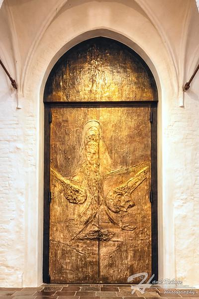_HV86158-Edit_Roskilde Cathedral, Denmark_190607_