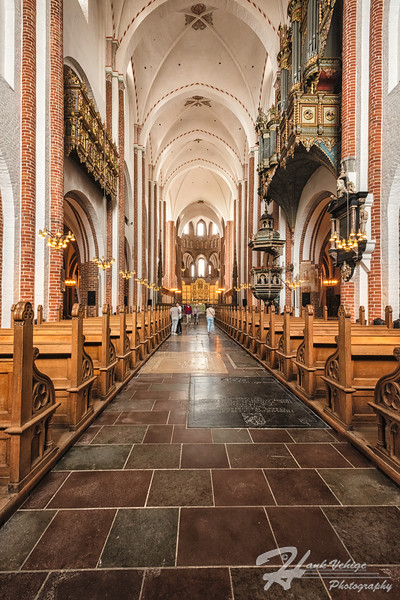 _HV86153-Edit_Roskilde Cathedral, Denmark_190607_