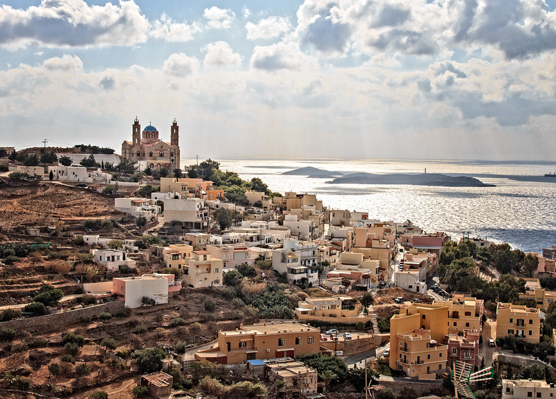 087  - Syros from hillside