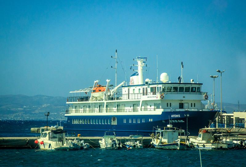 110 - Artemis docked in Naxos