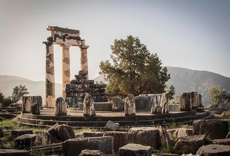 072 - Temple of Athena at Delphi