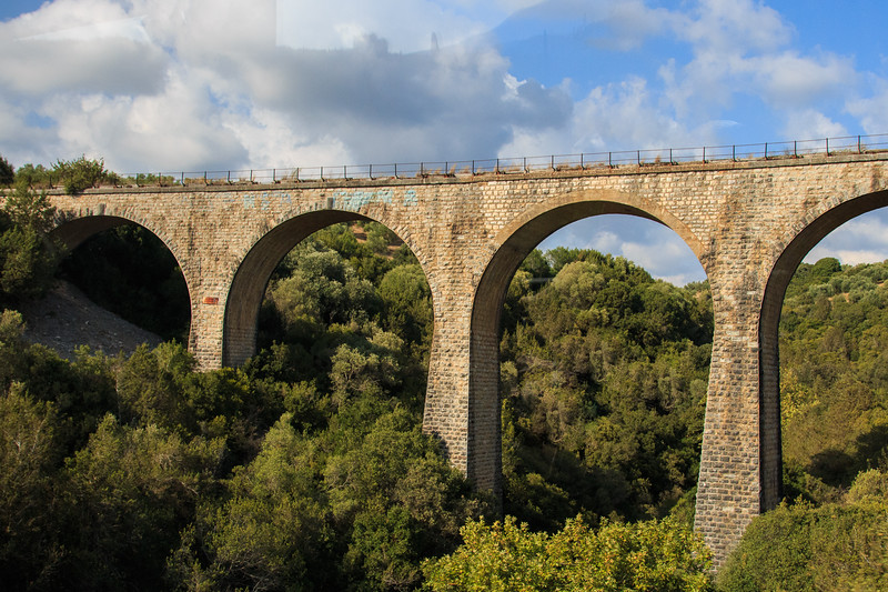 081 - Myceane area - aquaduct