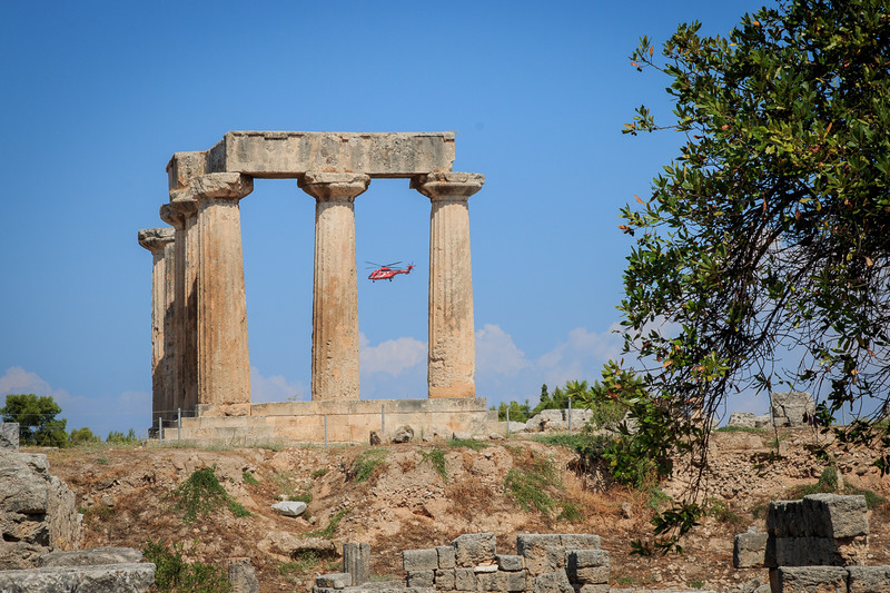 040 - Temple of Apollo at Corinth - old and new