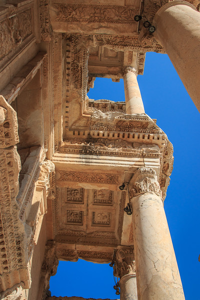 154 - Ephesus Library - Architectural decoration of facade
