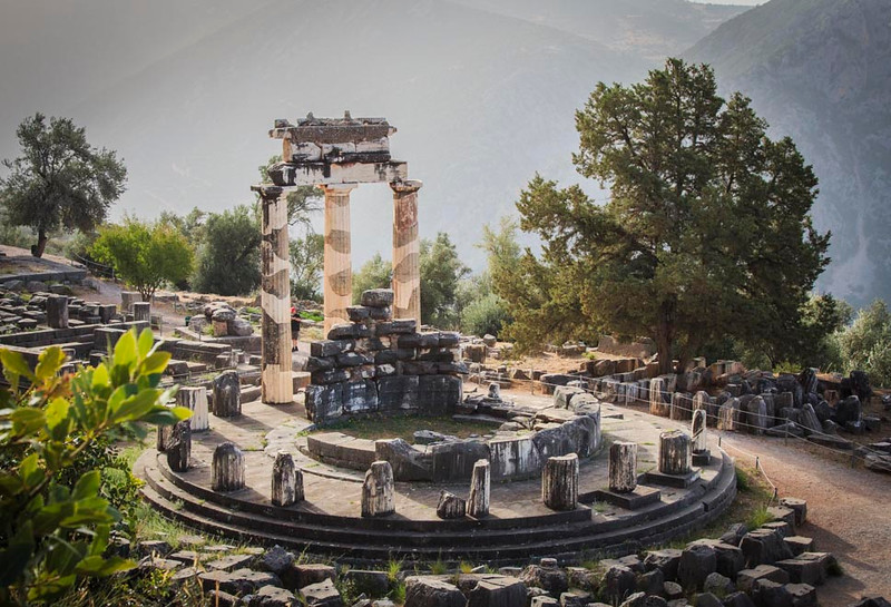 073 - Temple of Athena at Delphi