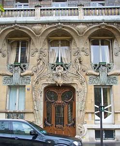 29 Avenue Rapp, arch  Jules Lavirotte, 1901