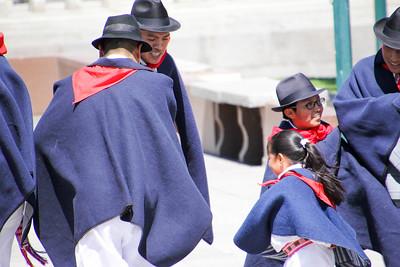 Equadorian Folk Dancers