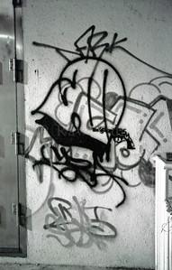 Hong Kong - Night Streets - Graffiti & Tags - ©Rawlandry