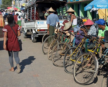 Waiting for a fare - Sittwe