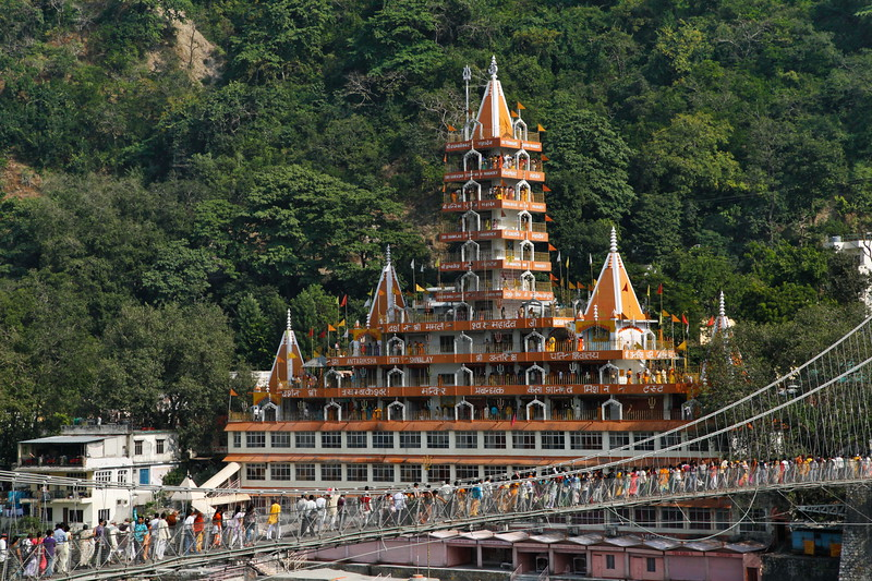 Rishikes Temple, India / Храм в Ришикеше, Индия